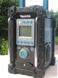 makita-baustellenradio-ausgepackt