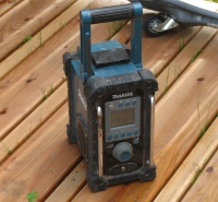 Baustellenradio mit LI-IO Akku