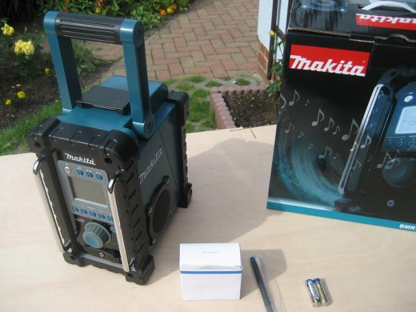 Baustellenradio Makita BMR 100 einmal ausgepackt